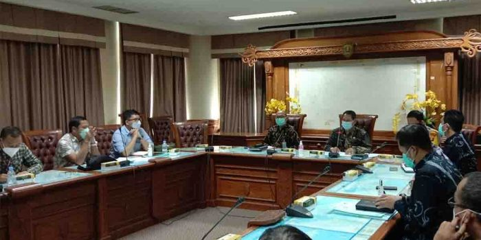 Mediasi Antara Kelompok Tani Taman Dayak Basap dengan PT KPC