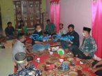 Warga Desa Teluk Pandan Minta Infrastruktur Ditingkatkan Saat Ketua DPRD Kutim Reses